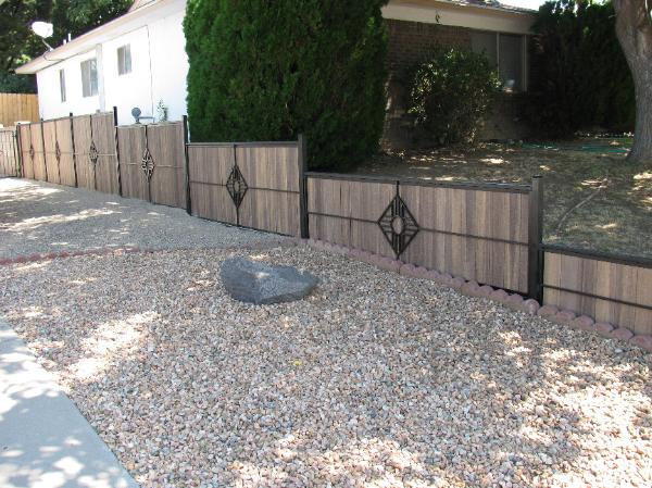 SIDE FENCE WITH COMPOSITE FILLERS
