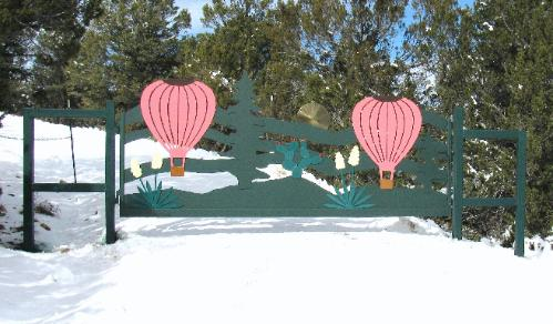HOT AIR BALLOON DRIVEWAY GATE
