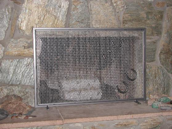 horse shoe fire place screen